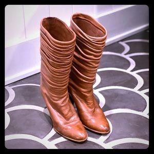 Handmade in Spain Vintage Cognac midi boots 5.5